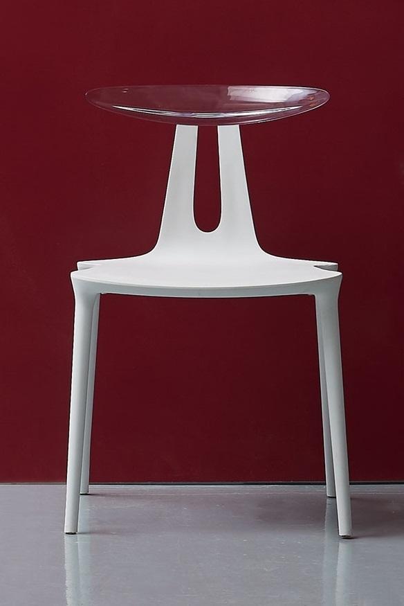 Mina Chair
