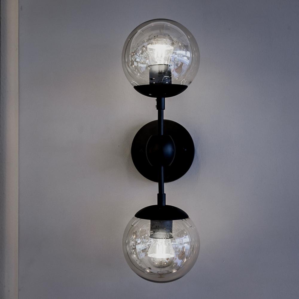 Modo 2-Bulb Wall Lamp