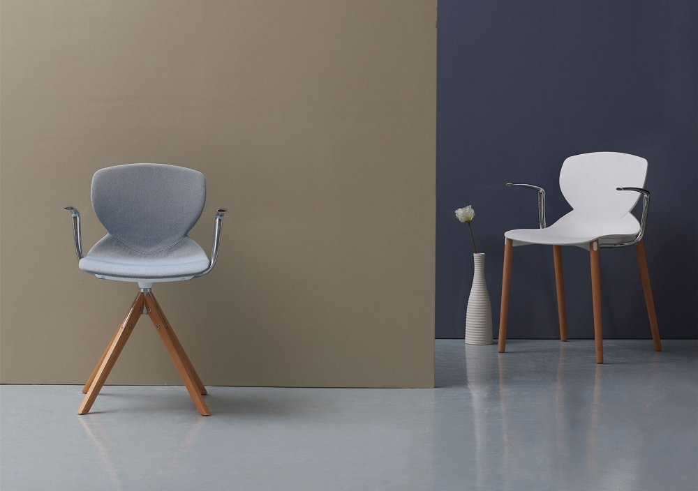 Tab Chair I